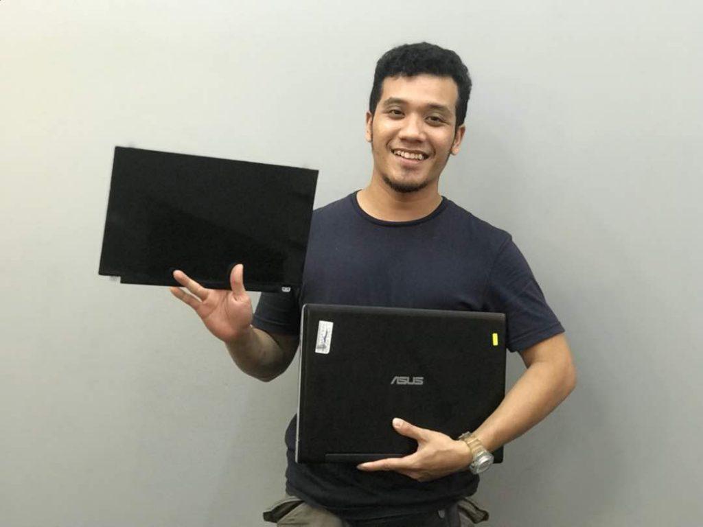 repair laptop nilai